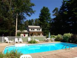 Chalets et Motel Lac Brome, 592 Lakeside, J0E 1R0, Lac-Brome