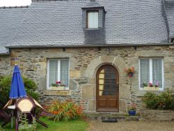 Les Gites de Kerroyal, Domaine de Kerroyal -- Le bois de la roche, 29610, Garlan