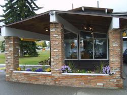 Stetson Village Inn, 10002 Macleod Trail Southeast, T2J 3K9, Calgary