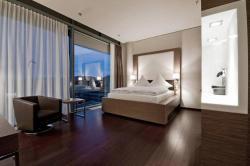 Hotel im Hegau Tower, Maggi Str. 5, 78224, Singen