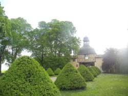 Gite Renardière, Château de Périgères  - Route de Limons, 63310, Mons