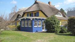 Ferienwohnungen Reetwinkel in Wieck, Nordseite 2 b, 18375, Wieck