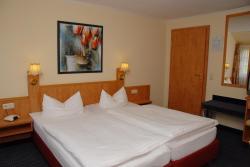 Hotel Alte Schule, Lindenbrink 9, 31711, Luhden