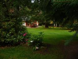 Cabaña Cumelen, calle 61 Nº 43. Barrio privado Cumelén, 8407, Villa La Angostura