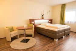 Hotel Viola, Feldbergstraße 10, 65239, Hochheim am Main