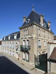 Hotel Castel Jeanson, 24 rue Jeanson, 51160, Ay