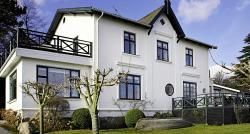 Villa Snekkersten, Strandvejen 114A, 3070, Snekkersten