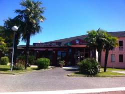 Hôtel La Plantation, Boulevard Pierre Lagorce, 33210, Langon