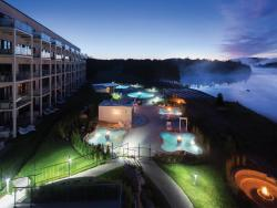 Estérel Resort, 39 Boulevard Fridolin-Simard, J0T 1E0, Esterel