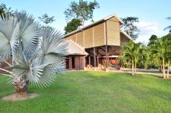 Bergendal Eco & Cultural River Resort, Domineestraat 39, 0000, Berg en Dal