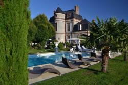 Chateau du Mesnil, 2 rue du château, Le Mesnil, 27330, La Vieille-Lyre