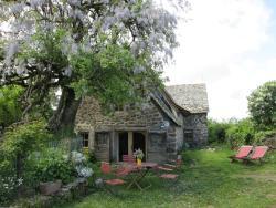 Gîte L'Oustalou, Hameau de Lugat, 12600, Taussac