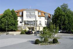 Parkhotel Altes Kaffeehaus, Harztorwall 18, 38300, Wolfenbüttel