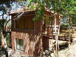 Cabañas Bosque Encantado, Lola Mora s/n Barrio Parque Los Nogales, 5881, Merlo