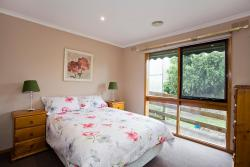 Geelong Holiday Home, 6 Raydon Court, 3216, Geelong