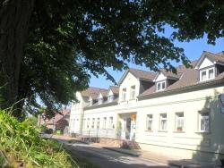 Landhotel Peters, Canower Allee 21, 17255, Canow