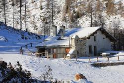 Rifugio Capanna Anzana 2'050 m.s.l.m., Cavaione Pescia Alta Val Saiento, 7748, Brusio