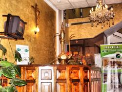 Hotel Royal Ruiz, Olmedo 940 y Pedro Moncayo, 100150, Ibarra