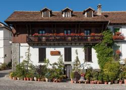 Hostal Casa Blasquico - Restaurante Gaby, PLAZA LA FUENTE, 22720, Hecho