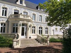Hostellerie De Le Wast - Château Des Tourelles, 8 Rue Principale, 62142, Le Wast