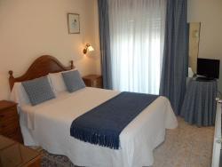 Hotel Avenida, Julian Valverde, 41, 36393, Sabaris