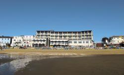 Sandringham Hotel, Esplanade, Sandown, Isle of Wight, PO36 8AH, Sandown