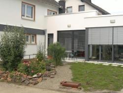Holiday Home Koller, Im Gartenfeld 1, 54516, Flußbach