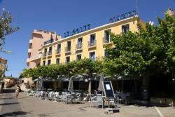 Hotel Le Golfe, 3, Place Grand Carnot, 13260, Cassis