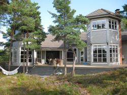 Villa Bergholmen, Strandvägen 1, 25900, Taalintehdas