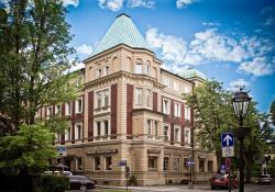 Parkhotel 1888 Traunstein, Bahnhofstr. 11, 83278, Traunstein