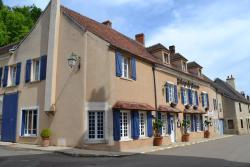 L'auberge Des Sources, 4 Place Jean Bertin, 89560, Druyes-les-Belles-Fontaines