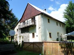 Bed and Breakfast Tvrz, Velká Bukovina 146, 40729, Velká Bukovina