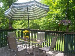 Bed & Breakfast at Chesley Lake, 126 Pleasantview Road, N0H 1A0, Sauble Beach