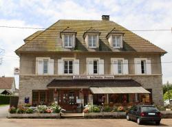 La Petite France, Gare De Surdon, 61570, Le Château-d'Almenêches