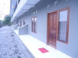 Wisma Keluarga Mairatu, Jalan Cepit Raya No. 45 Dusun Sawahan Desa Pendowoharjo, Sewon - Bantul, 55185, Sewon