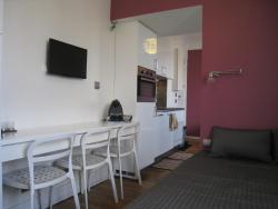 At Home in Paris, 60 rue de la Tourelle, 92100, Boulogne-Billancourt