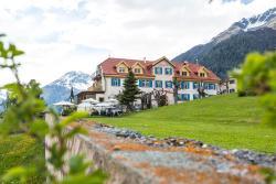Hotel Meisser, Dorfstrasse 42, 7545, Guarda