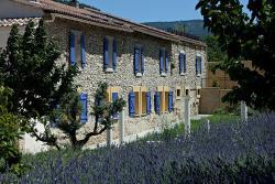 Appartement fontanelle, 24 chemin du boutacouire route de st didier D39, 84210, Le Beaucet
