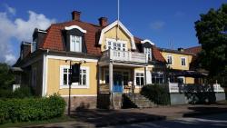 Broby Gästgivaregård, Långgatan 25, 686 30 Sunne