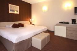 Leonardo Hotel Charleroi City Center, Boulevard Joseph Tirou 96, 6000, Charleroi