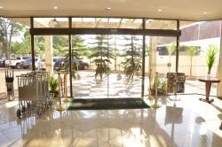 Golden Park Uberaba, Av. Edilson Lamartine Mendes,125, 38045-000, Uberaba