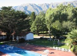 Hotel Colonial, Av. Dos Venados 698, 5881, Merlo