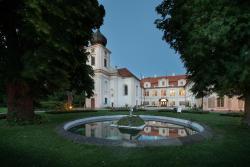 Chateau Loucen Garden Retreat, Nymburská 1, 269 37, Loučeň