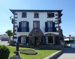 Hôtel Camou, Route de Lasse, 64220, Uhart-Cize