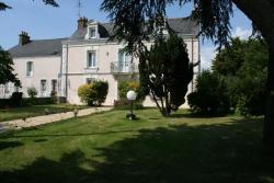 Le Relais du Soir, 4 Place Du Calvaire , 44110, Erbray
