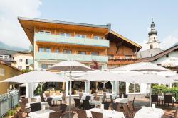 Hotel Hubertushof, Kirchplatz 7, 6631, Lermoos
