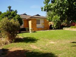Hendersons Houses, 40 Temerloh Ave, 2650, Wagga Wagga