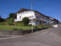 Gästehaus Stapf, Erlenweg 1, Tretzendorf, 97514, Oberaurach