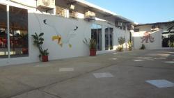 Galeon Residencia Familiar, Calle 23 entre avenida Sixto Chang y Avenida 2DA Tula Jacome, 092202, Playas