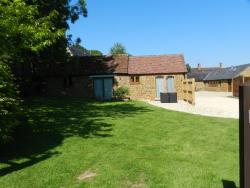 Hillside Holiday Cottages, Hillside Cottages, Warmington, OX17 1BU, Warmington